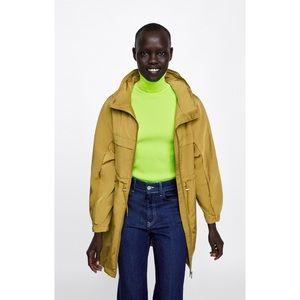 NWT! Zara Lightweight Raincoat - Size Small